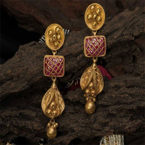 http://pateljewellers.in/Ruby Earrings