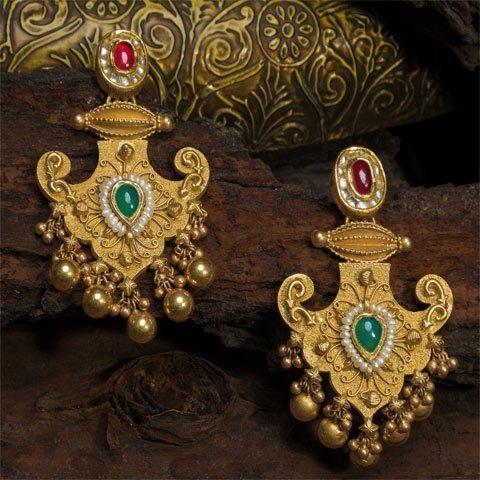 http://www.pateljewellers.in/Earring 6
