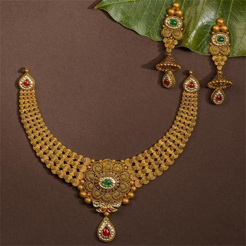 http://www.pateljewellers.in/Nackless-1