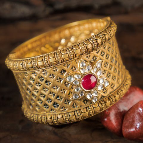 http://www.pateljewellers.in/Rare Collection 3